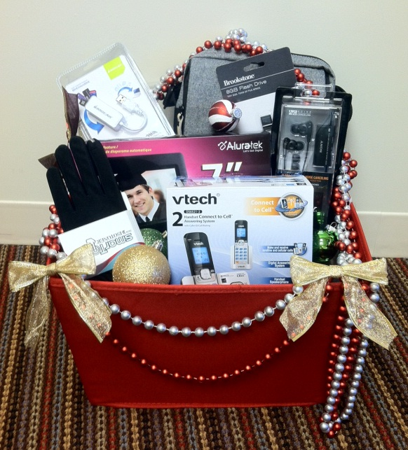 Digital Enthusiast Gift Basket Clever Housewife