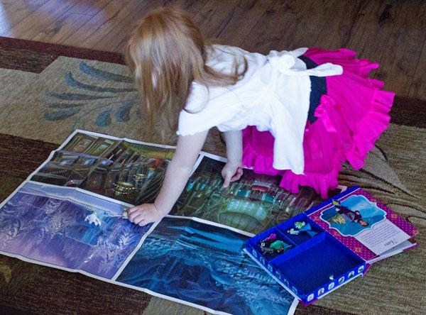 Disney FROZEN Busy Book #FrozenFun #shop