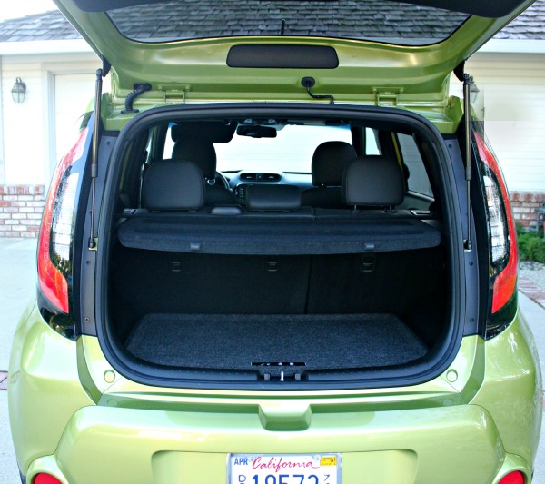 2014 kia soul a car with spunk and pizzazz clever. Black Bedroom Furniture Sets. Home Design Ideas