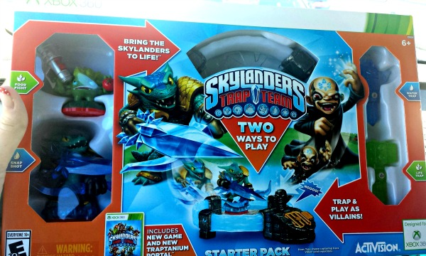 2014 Holiday Gift Guide: Skylanders Trap Team + Giveaway