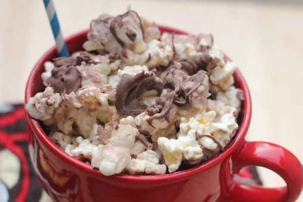 Hot Chocolate Popcorn For A Family Movie Night With The