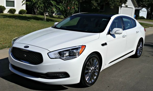 One Smooth Ride with the Kia K900
