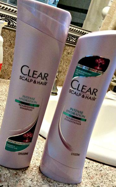 CLEAR SCALP & HAIR™ Intense Hydration Shampoo