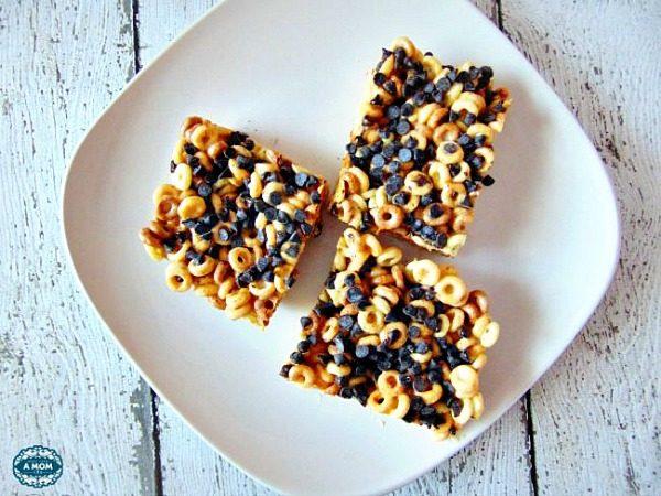 Peanut Butter Cheerios Marshmallow Treats