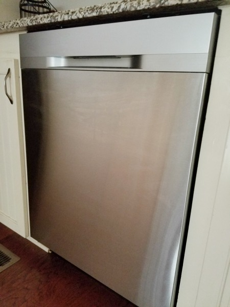 Testing the Samsung StormWash Model 5050 Dishwasher