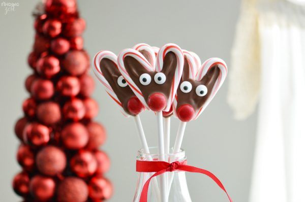 candy-cane-reindeer-pops-from-finding-zest