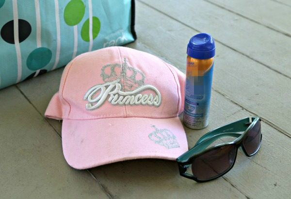 9 Beach Bag Essentials - Summer Swimming Must-Haves