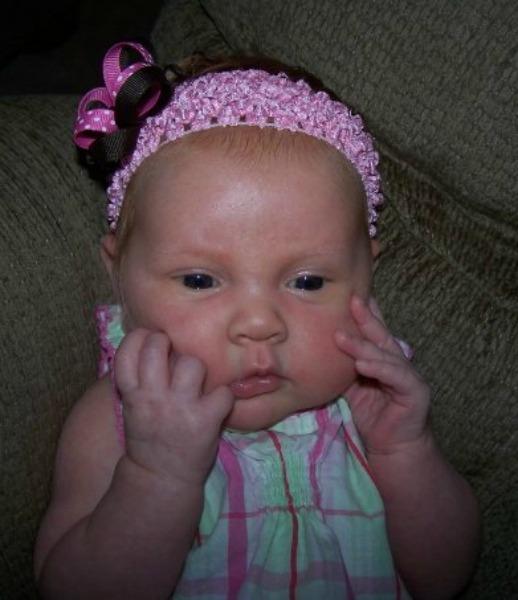 Newborn baby #MeltsBestFeelings #shop #cbias