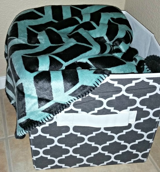 BHG Storage Cube and Throw