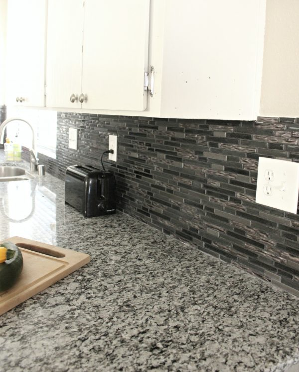 Genial Kitchen Makeover Before And After Clever Housewife. Good Sparkle Quartz  Countertops