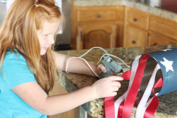 Patriotic Tin Can Windsocks are a great patriotic craft for the kids