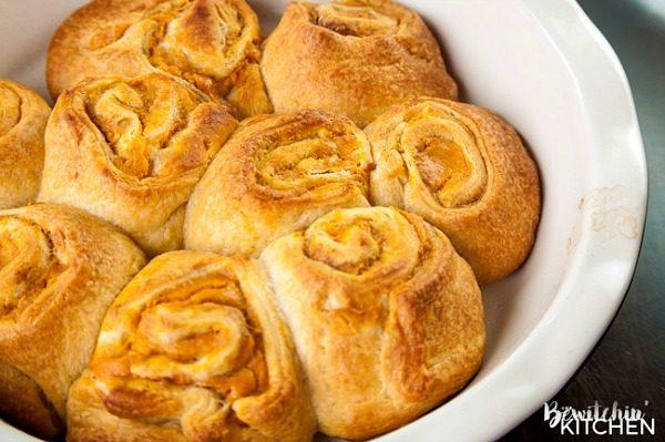 pumpkin-pie-cinnamon-rolls-from-the-bewitchin-kitchen
