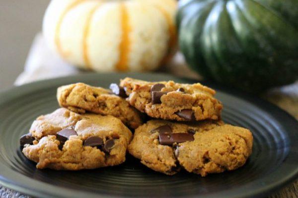 pumpkin-spice-chocolate-chip-cookies