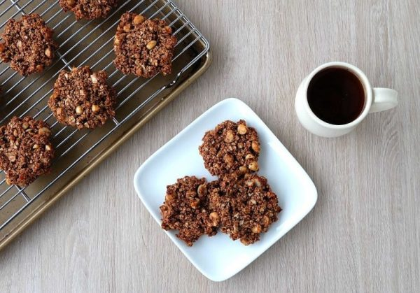 Chocolate Macadamia Nut Healthy Breakfast Cookies from Hello Creative Family