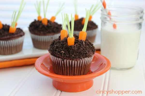 Carrot Garden Easter Cupcakes from Cincy Shopper