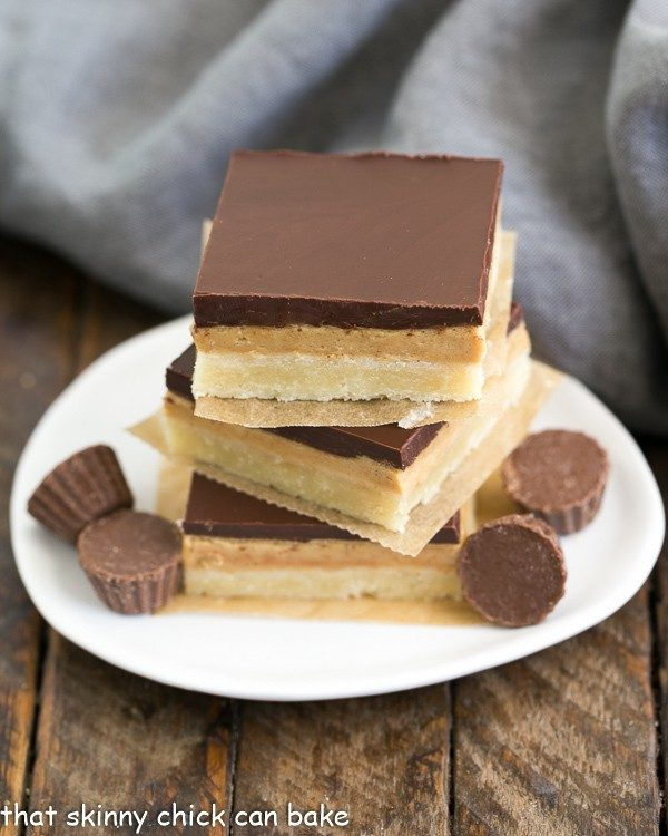 Tagalong Cookie Bars from The Skinny Chick Can Bake