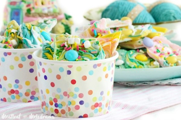 Easter Bunny Tail Candy Bark from Meatloaf and Melodrama